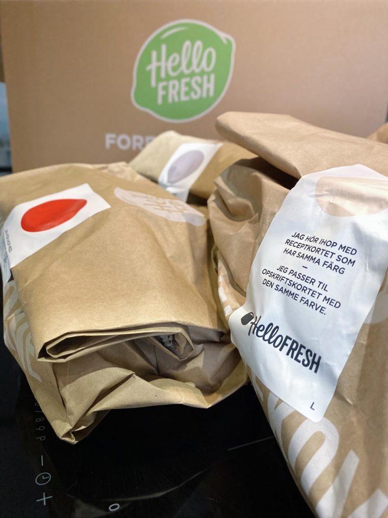 Förpackade och separerade middagar i Hello Fresh paketet